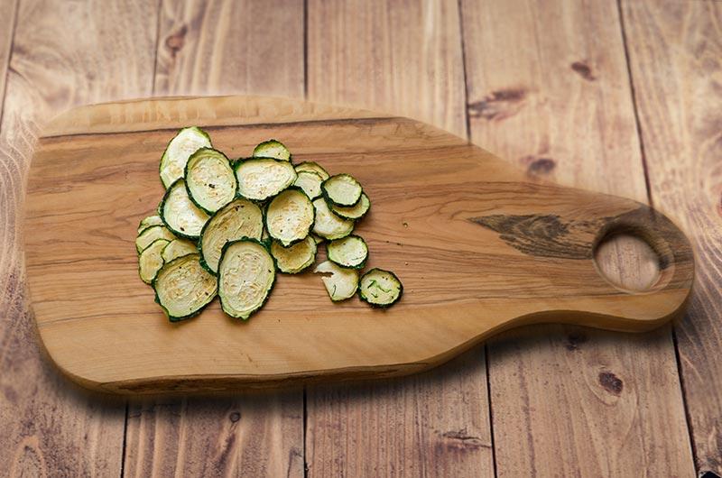Zucchinichips selbst gemacht im Dörrautomat