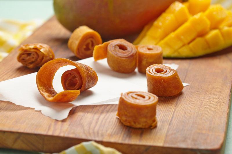 Mango-Fruchtleder ist ein gesunder Snack für abends